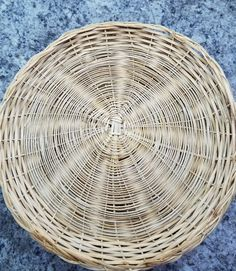 Lot 35 Vintage Wicker Rattan Paper Plate Holders Picnic Cook Outs C&ing | Plate holder Rattan and Picnics & Lot 35 Vintage Wicker Rattan Paper Plate Holders Picnic Cook Outs ...