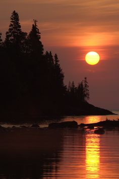 Capture amazing shots as you hike the isolated and rugged Isle Royale National Park in Michigan.