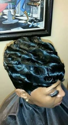 Cute Short Haircuts Sure To Draw Admiring Looks Cute Short Haircuts, Cute Hairstyles For Short Hair, Weave Hairstyles, Pretty Hairstyles, Curly Hair Styles, Natural Hair Styles, Ponytail Styles, Quick Hairstyles, Short Sassy Hair