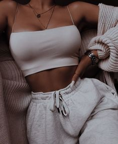 Teen Fashion Outfits, Retro Outfits, Look Fashion, Girl Outfits, Outfits Spring, Trendy Summer Outfits, Girl Fashion, Cute Lazy Outfits, Simple Outfits