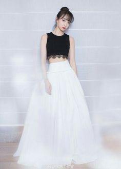Gorgeous Victoria Song f(x) Victoria Fx, Victoria Song, Victoria Fashion, Queen Victoria, Fashion Song, Kpop Fashion, Korean Fashion, Qingdao, Long Dress Fashion