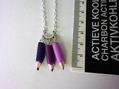 collier crayons de couleurs taillés multicolore violet id... https://www.amazon.fr/dp/B075T6LKCG/ref=cm_sw_r_pi_dp_x_Yc3zAb14A3XP2