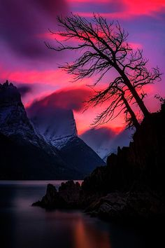 Sunset over St Mary Lake (Glacier National Park, Montana) by Mark Metternich - landscape photography Beautiful Sunset, Beautiful World, Beautiful Images, All Nature, Amazing Nature, Nature Tree, Nature Pictures, Cool Pictures, Landscape Photography