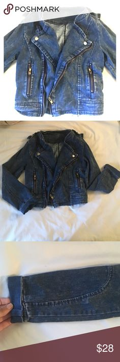Jean Moto jacket Very comfortable stretchy jean material. Wash is medium color. Lightweight and perfect for year round, jacket only worn once. Jackets & Coats Jean Jackets