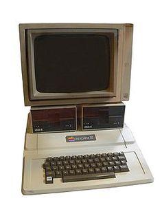 1977. Apple II