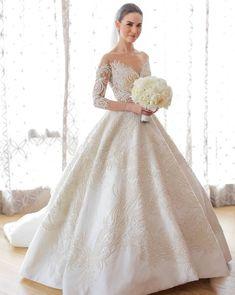 Actress and host Rima Ostwani in a beautiful bespoke Francis Libiran wedding gown {Facebook: The Wedding Scoop}