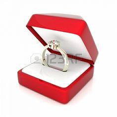 白い背景の上のギフトボックスで結婚指輪の画像 ストックフォト - 15623578