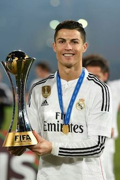 Cristiano Ronaldo, the winning moment of the FIFA Club World Cup with Real Madrid. Cristiano Ronaldo Cr7, Cristino Ronaldo, Ronaldo Football, Football Memes, Neymar, Ronaldo Real Madrid, Best Football Players, Good Soccer Players, Lionel Messi