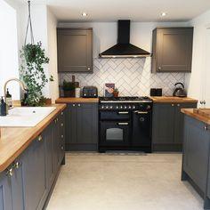 Kitchen Room Design, Home Decor Kitchen, Kitchen Interior, Kitchen Ideas, Open Plan Kitchen Dining Living, Living Room Kitchen, Howdens Kitchens, Home Kitchens, Small Modern Kitchens