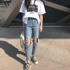 korean fashion Jeans Denim Women Holes Zipper Pockets Straight Pants Casual Womens Slim High Waist All-match Vintage Chic Korean Style Daily Ulzzang Fashion, Tomboy Fashion, Look Fashion, Fashion Outfits, Cheap Fashion, 90s Fashion, Daily Fashion, Fashion Styles, Fashion Boots