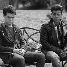 13 Reasons Why Reasons, 13 Reasons Why Netflix, Thirteen Reasons Why, Celebs, Couple Photos, Celebrities, Couple Shots, Couple Photography, Celebrity