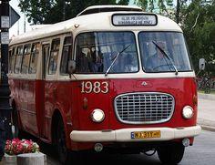 Skoda Bus Automotive Furniture, Automotive Design, Bus Information, Bus Art, Hall Interior Design, Small Spa, Busses, Amazing Cars, Cozy House