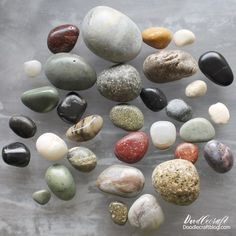 Polished Rocks with High Gloss Resin Spray DIY - Resin Crafts Rock Crafts, Resin Crafts, Diy Crafts, Stone Crafts, Succulent Planter Diy, Diy Planters, Look Rock, Wet Look, How To Use Cricut