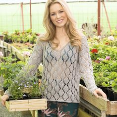 Пуловер из льна с узором из ромбов