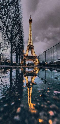 Travel Wallpaper Paris New Ideas City Wallpaper, Travel Wallpaper, Cute Wallpaper Backgrounds, Pretty Wallpapers, Galaxy Wallpaper, Aesthetic Iphone Wallpaper, Nature Wallpaper, Aesthetic Wallpapers, Paris Wallpaper Iphone