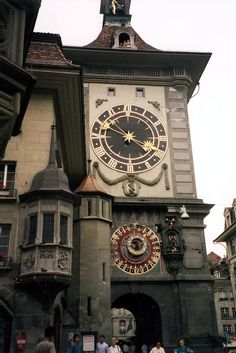 The famous clock tower of Zytglogge, Bern, #Switzerland.