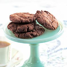 Known as biscuits in the United Kingdom, these rich treats get their chewy-crunchy texture from Scottish pinhead (steel-cut) oats. For a more tender cookie, use old-fashioned oats.