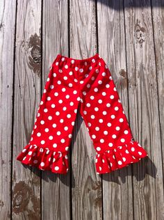 Custom Boutique children's clothing. Girls Christmas ruffle pants. Red and white mod polka dots. By EverythingSorella.. $24.50, via Etsy.