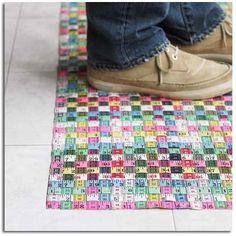 woven tape measure rug #diy #crafts #tape_measure
