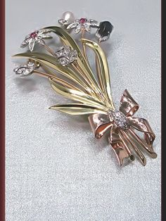 Antique Vintage Retro 1940's Platinum Yellow and Pink Gold