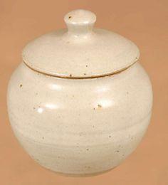 Lidded pot by Winchcombe Pottery.