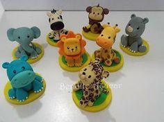 Docinhos modelados em 3D, corpo inteiro de brigadeiro branco Safari Theme Party, Jungle Party, Fimo Clay, Polymer Clay Crafts, Safari Cakes, One Year Birthday, Gum Paste, Cupcake Toppers, Amazing Cakes