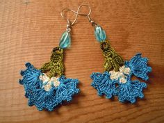 crochet earrings turquoise flower by PashaBodrum on Etsy $12