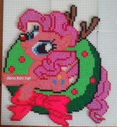MLP Christmas Pinkie Pie wreath hama perler beads by Deco.Kdo.Nat