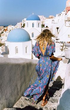 Long flowing dresses = Boho beauty on vacation | What to wear on Vacation: 50 Great Outfit Ideas