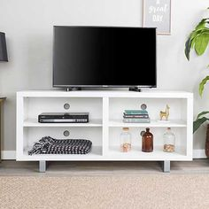 58 Simple Modern TV Console with Metal Legs - White - Saracina Home Living Room Tv Unit Designs, Cool Tv Stands, Entertainment Center, Modern Tv, Wood Tv Console, Saracina Home, Tv Wall Design, Modern Console, Tv Console Modern