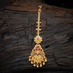 Temple Tikka 107469 Tikka Jewelry, Nose Jewelry, Indian Jewelry, Jewelry Art, Wedding Jewelry, Fashion Jewelry, 1 Gram Gold Jewellery, Gold Jewellery Design, Vanki Designs Jewellery