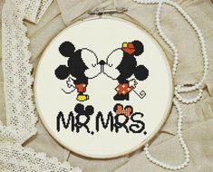 Modern Cross stitch pattern Little mickey mouse von HELENEWORKSHOP