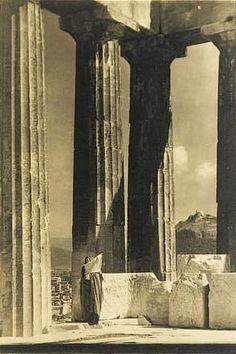 Edward Steichen Isadora Duncan at the Parthenon.