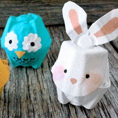 Don't throw away that egg carton! It's great for crafts, especially when it comes to making our super cute egg carton animals.