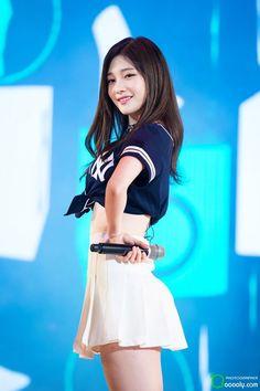 DIA l Chaeyeon Kpop Girl Groups, Korean Girl Groups, Kpop Girls, Korean Beauty, Asian Beauty, Beautiful Asian Girls, Beautiful People, Jung Chaeyeon, Cute Girl Photo