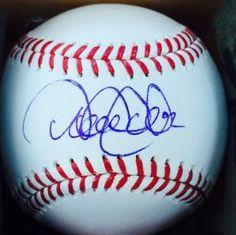 DEREK JETER SIGNED OFFICIAL MLB BASEBALLS ON SWEET-SPOT