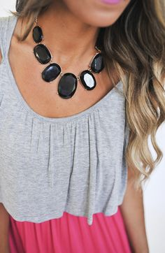 Stone Bib Necklace- Black - Dottie Couture Boutique
