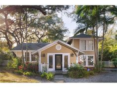 Single Family Home for Sale at 5807 S GORDON AVENUE Tampa, Florida 33611 United States