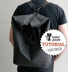 Ratz-Fatz backpack made of SnapPap with instructions and pattern .- Casual backpack made of SnapPap including instructions and sewing pattern // Backpack / Tutorial / Freebie / DIY Hobo Bag, Backpack Bags, Mochila Tutorial, Diy Rucksack, Sewing Tutorials, Sewing Patterns, Tutorial Sewing, Backpack Tutorial, Diy Handbag