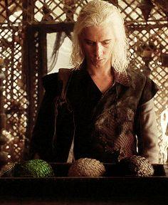 Viserys Targaryen ~ Game of Thrones