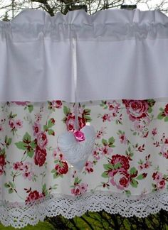 Shabby Chic Shower Curtain, Kitchen Pantry Design, Romantic Cottage, Shabby Chic Kitchen, Rose Cottage, Baby Sewing, Window Coverings, Valance Curtains, Sewing Projects