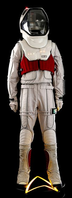 Perfect view on the First Contact Spacesuit - Wrath of Dhan Star Trek Prop Blog