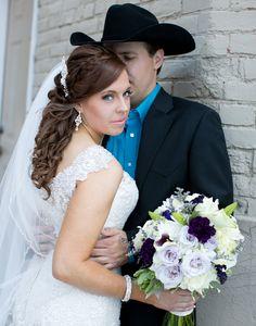 wedding poses, wedding pictures, deadwood, south dakota dailyhomemaker.com