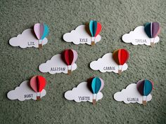 Hot air balloon door decs – – Heißluftballon Türdekore – – This image has get Decoration Creche, Class Decoration, Balloon Door, Preschool Crafts, Crafts For Kids, Ra Door Decs, Diy Cadeau Noel, Resident Assistant, Balloon Decorations