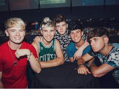 The boys and Harvey. Road Trip Uk, Youtube Vloggers, Brooklyn Wyatt, Roadtrip Boyband, Road Pictures, Cover Band, Smile Because, The Duff, Good Looking Men