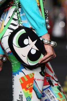 Cartoon Network y Moschino lanzan colección de Las Chicas Superpoderosas - http://webadictos.com/2015/10/02/cartoon-network-y-moschino-lanzan-coleccion-de-las-chicas-superpoderosas/?utm_source=PN&utm_medium=Pinterest&utm_campaign=PN%2Bposts