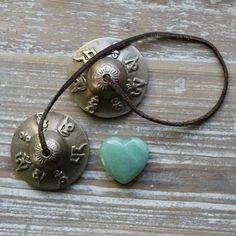 Good Luck Crystal Heart , Green Aventurine Gemstone ,  for Good Fortune , Prosperity & Opportunity , Wedding Favours , Good Luck Gift .