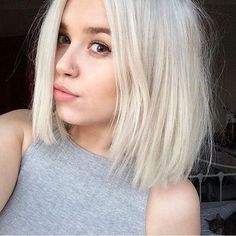 White Blonde Hair Color Beautiful White Short Hair Stunning 15 New Short Platinum Blonde Hair Short Short Blonde Haircuts, Blonde Bob Hairstyles, Short Hairstyles For Women, Cool Hairstyles, Baddie Hairstyles, Hairstyles 2018, Fringe Hairstyles, Short Haircut, Summer Hairstyles