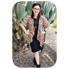 All the heart eyes for this LuLaRoe Monroe. Worn here with a Julia.