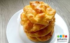 Oopsies, broodje zonder koolhydraten van eiwitten en roomkaas. Geschikt voor het koolhydraatarme dieet en om mee te nemen in je bento box.